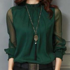 Tops - Green Lantern Sleeve Blouse Sz M NEW